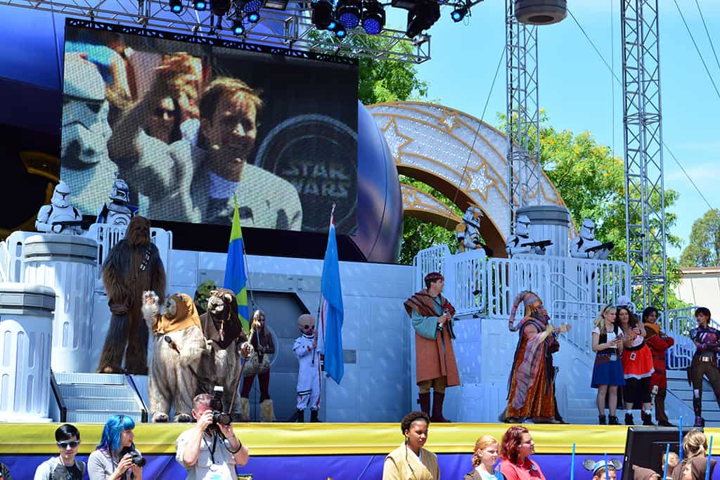 Star Wars Weekends Celebrity Motorcade Feel the Force Premium Package (77)