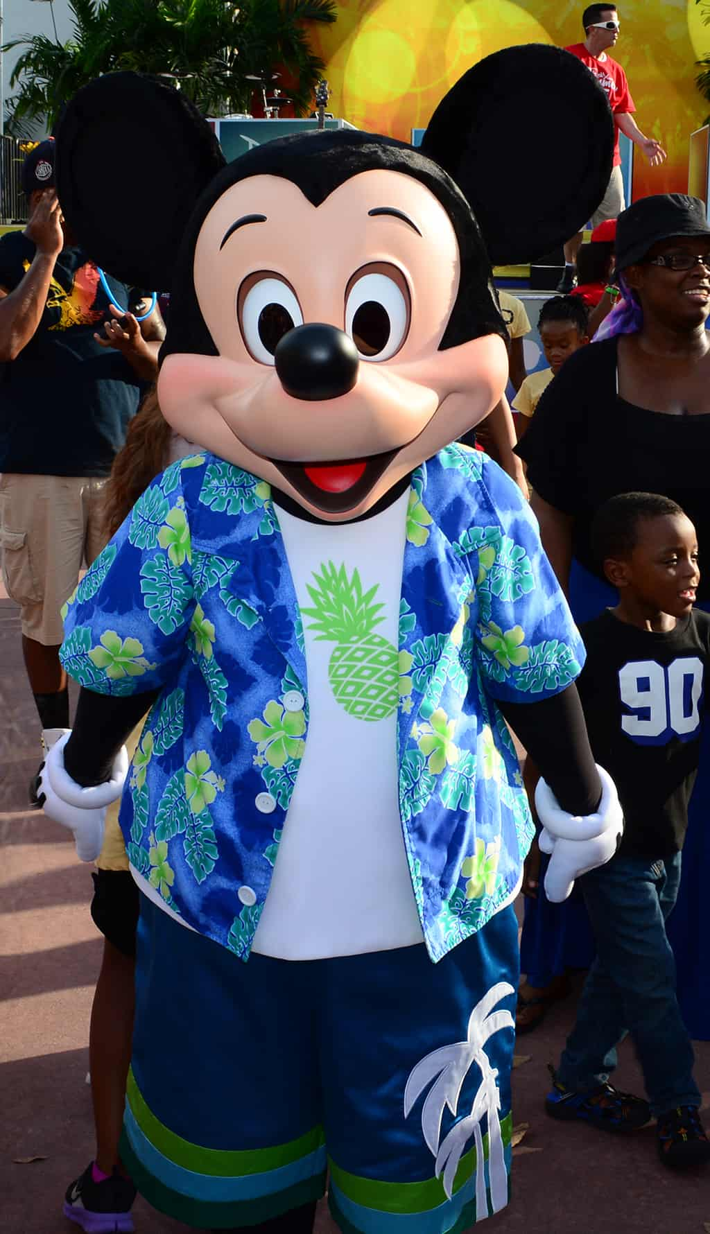 Mickey Mouse Rock your summer side dance party at Hollywood Studios June 2014