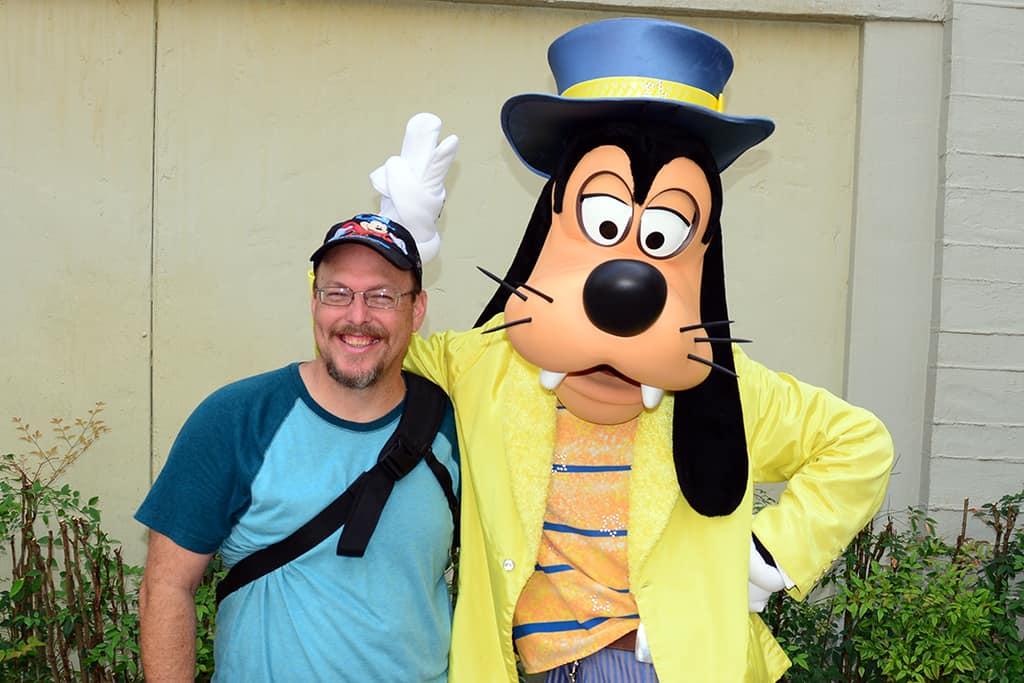 Disney's Hollywood Studios meet and greet Goofy