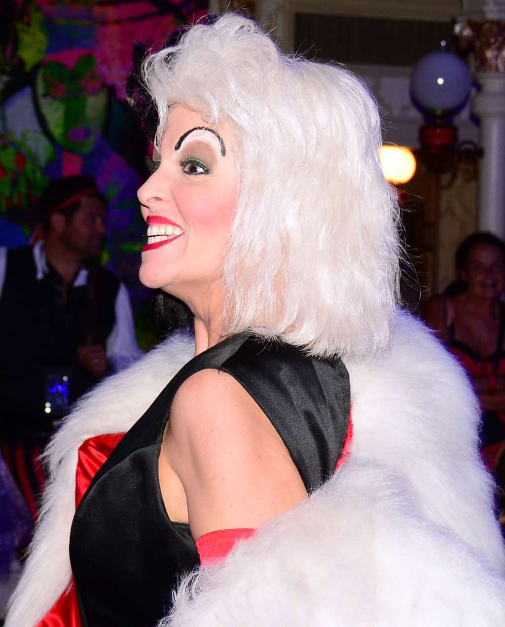 Mickey's Not So Scary Halloween Party 2014 Club Villain Cruella de Vil