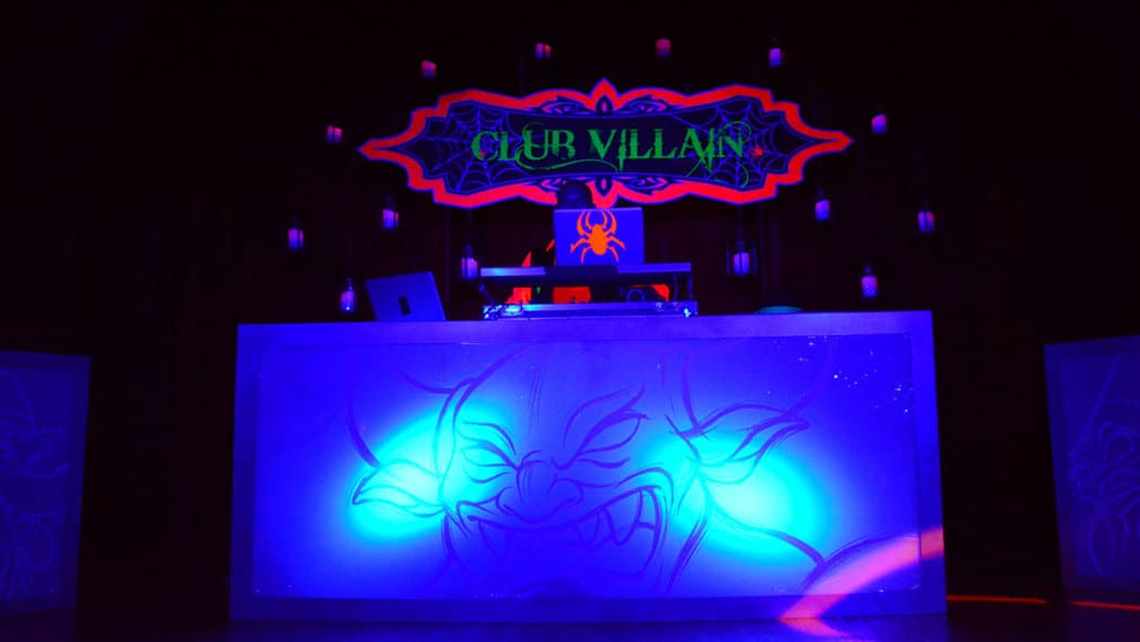 Mickey's Not So Scary Halloween Party 2014 Club Villain