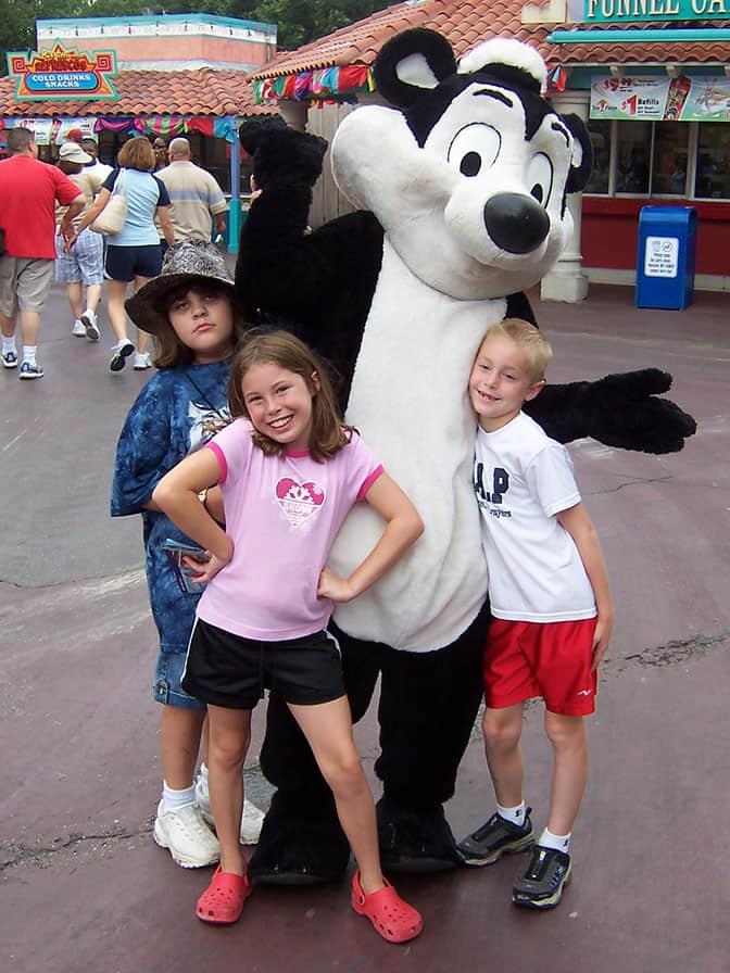 Pepe LePew Six Flags Texas 2007