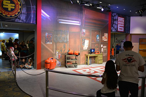 Hiro and Baymax from Big Hero 6 at Disney Hollywood Studios in Walt Disney World (3)