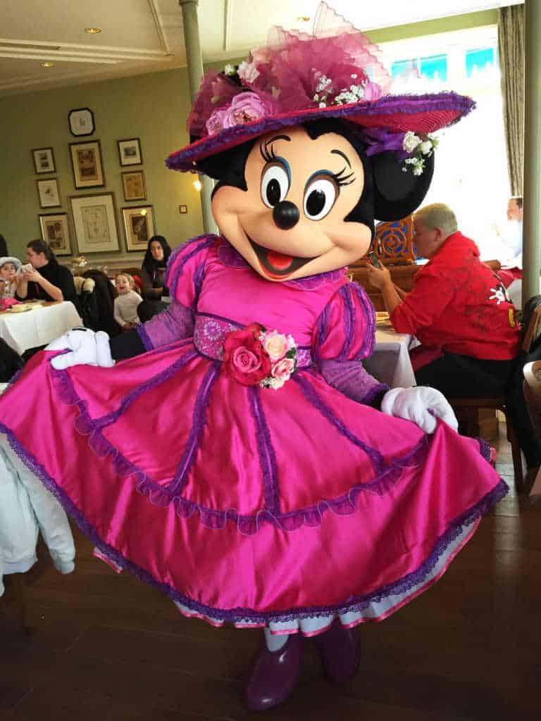Disneyland Paris Swing into Spring Minnie Mouse 2