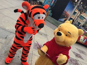 Disneyland Paris Swing into Spring Tigger and Pooh