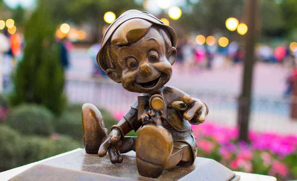 Pinocchio in Castle Hub at Magic Kingdom in Walt Disney World l kennythepirate.com