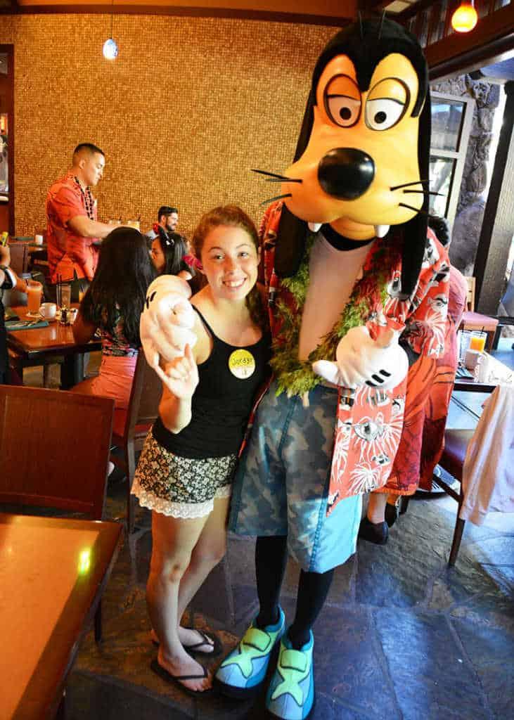 Goofy at Disney's Aulani Character Breakfast Meal at Makahiki