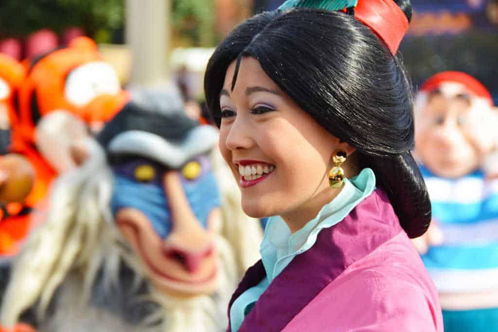 Stars n Cars Meet and Greet Disneyland Paris Disney Studios Paris Mulan