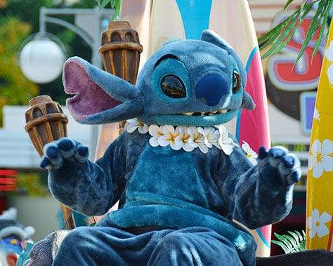 Stars n Cars Meet and Greet Disneyland Paris Disney Studios Paris Stitch