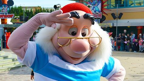 Stars n Cars Meet and Greet Disneyland Paris Disney Studios Paris Mr. Smee