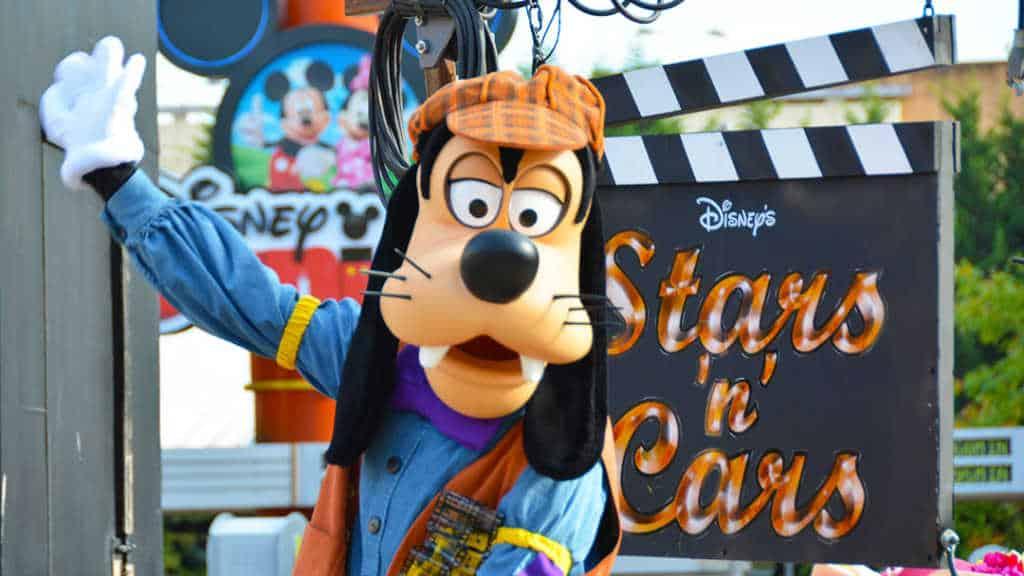 Stars n Cars Meet and Greet Disneyland Paris Disney Studios Paris Goofy
