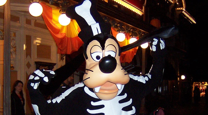 Mickey's Halloween Party Disneyland dates and ticket prices