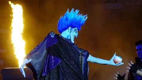 Hocus Pocus Villain Spelltacular at Mickey's Not So Scary Halloween Party 2015 (22)
