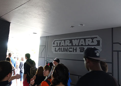 Star Wars Launch Bay outer queue at Disney's Hollywood Studios (32)