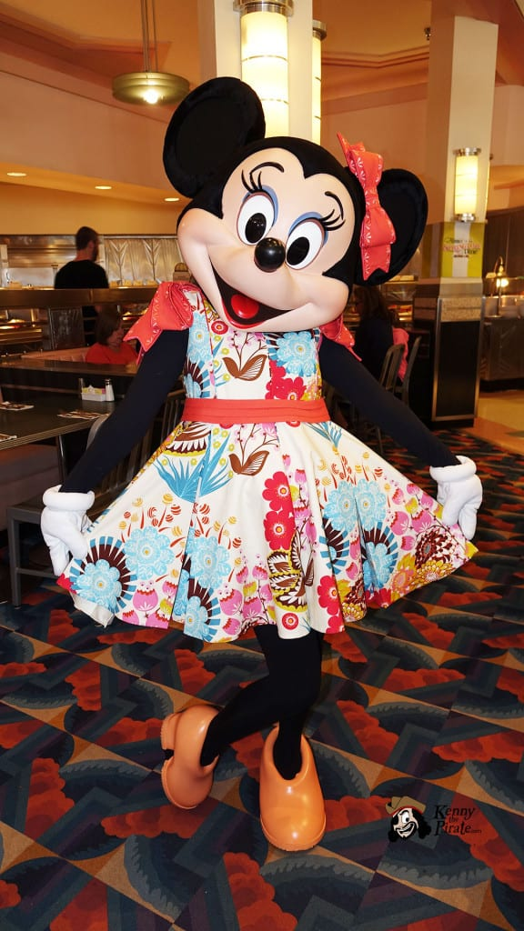 Minnie's Springtime Dine at Hollywood and Vine in Hollywood Studios (35)