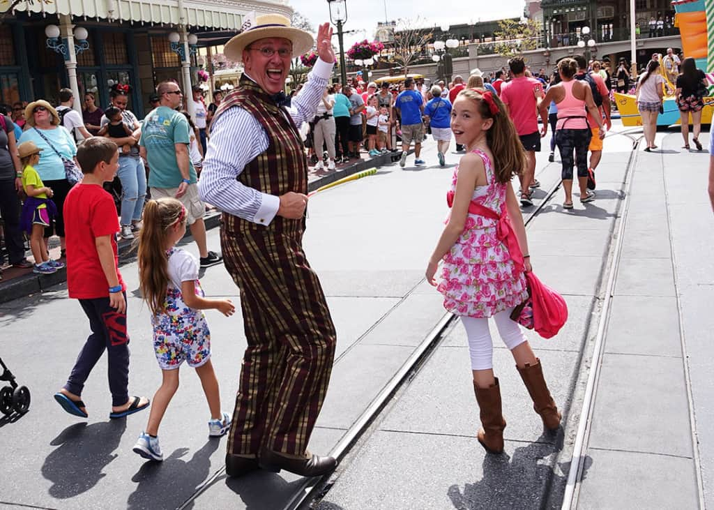How to meet Scoop Sanderson Citizen of Main Street