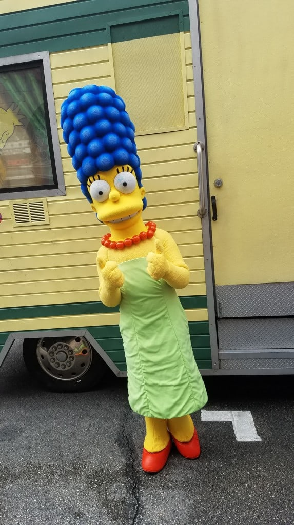 Universal Orlando Character Day with Ryan and Heather April 2016 (12) Marge and Bart Simpson