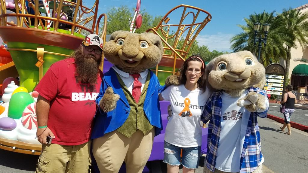 Universal Orlando Character Day with Ryan and Heather April 2016 (39) Mr Bunny and EB