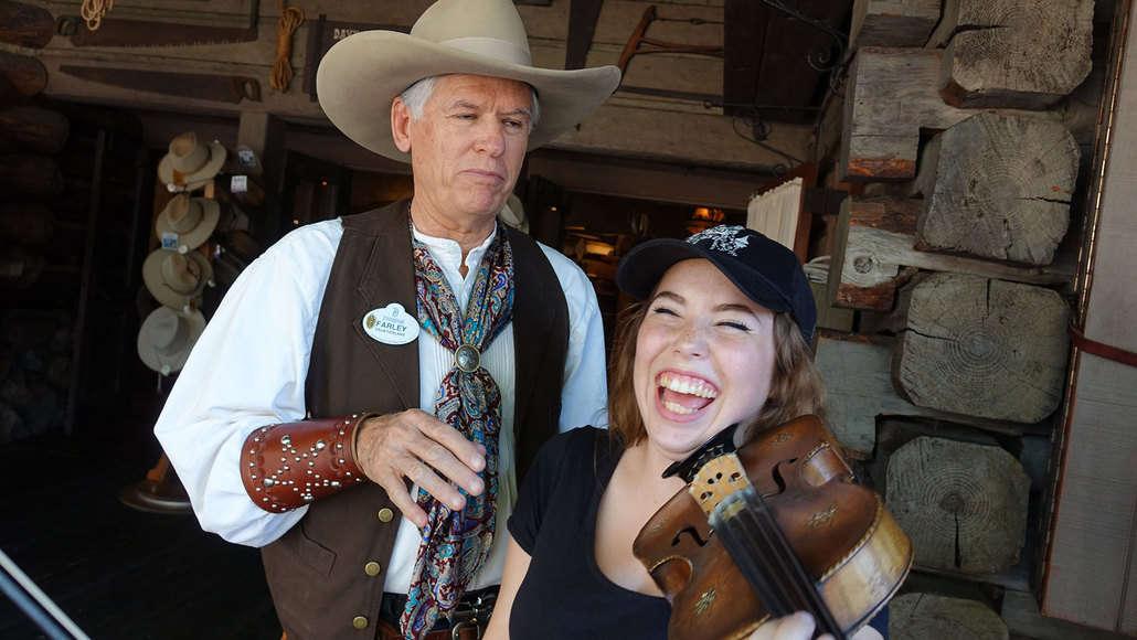 Farley the Fiddler at Disneyland (6)