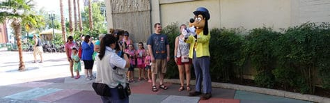 Hollywood Studios Goofy character meet and greet (4)