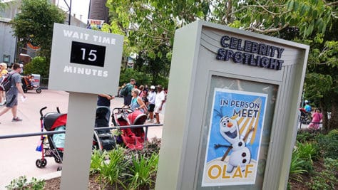 Hollywood Studios Olaf character meet and greet (1)