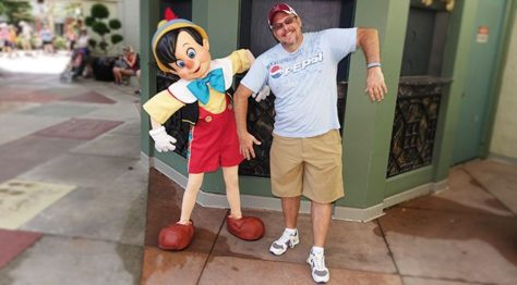 Hollywood Studios Pinocchio character meet and greet (3)
