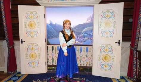 Meet Anna and Elsa at the Royal Summerhus in Epcot (55)
