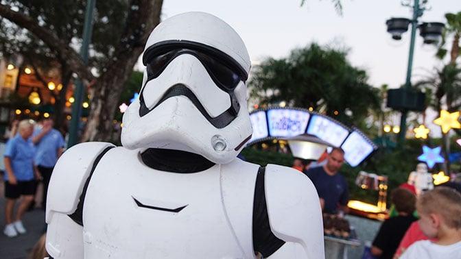 Star Wars A Galactic Spectacular Fireworks Dessert Party at Hollywood Studios in Walt Disney World (44)
