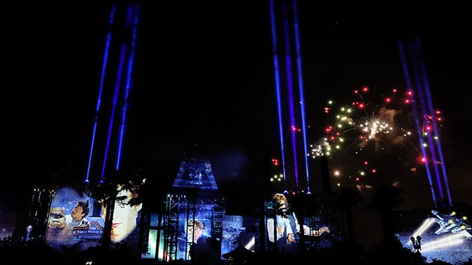 Star Wars A Galactic Spectacular Fireworks Dessert Party at Hollywood Studios in Walt Disney World (86)