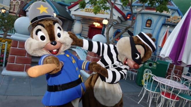 Chip n Dale Cop and Robber Disneyland Halloween 2015 (3)