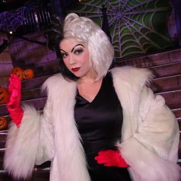 Cruella de Vil at Dsneyland Mickeys Halloween Party 2015