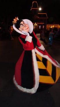 Queen of Hearts Mickey's Halloween Party Disneyland
