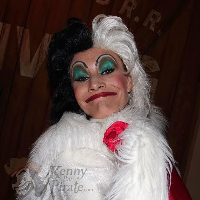 cruella-de-vil-at-mickeys-not-so-scary-halloween-party-2016