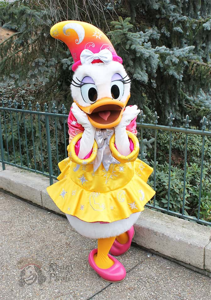 Daisy wearing her magician outfit during the 20th Anniversary in 2012.
