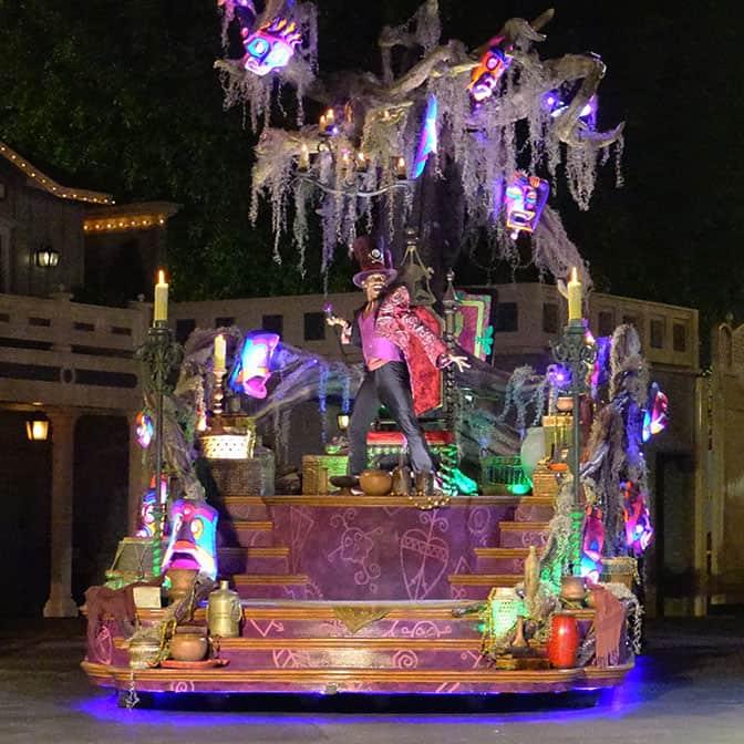 disneyland-mickeys-halloween-party-2016-q12