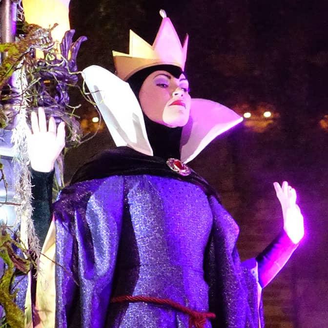 disneyland-mickeys-halloween-party-2016-q18