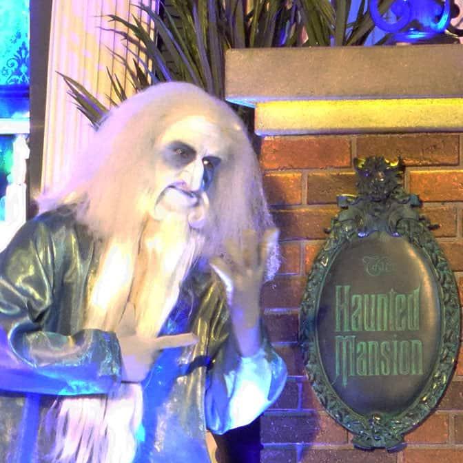 disneyland-mickeys-halloween-party-2016-q7