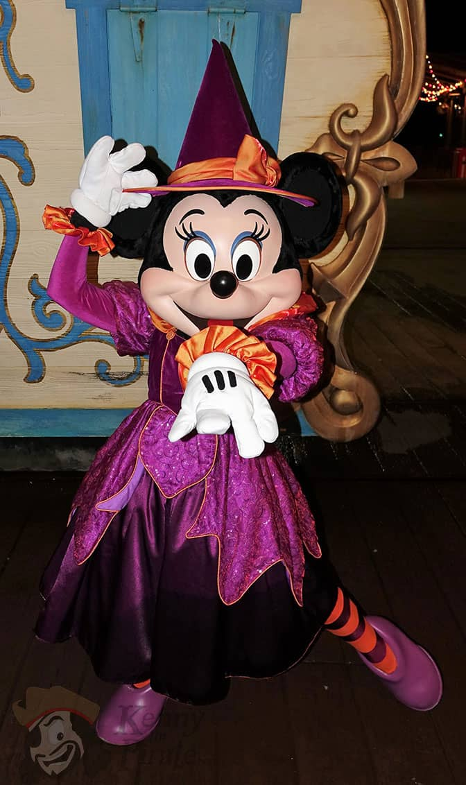 minnie-mouse-at-mickeys-not-so-scary-halloween-party-2016