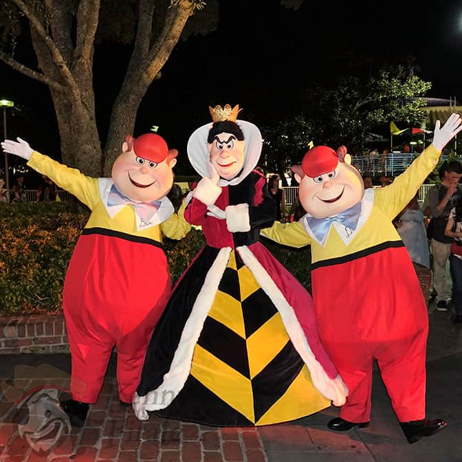 queen-of-hearts-and-tweedles-at-mickeys-not-so-scary-halloween-party-2016
