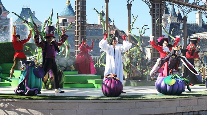 Halloween Time at Disneyland Paris