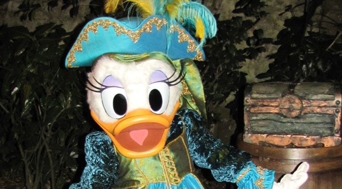 Worldwide Wednesday:  Daisy Duck at Disneyland Paris Halloween Party dressed as a Pirate