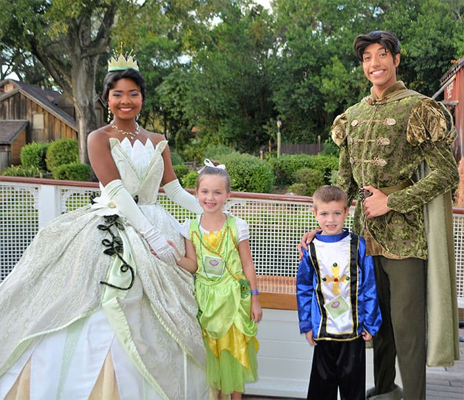 Tiana's Riverboat Party Ice Cream Social and Parade Viewing