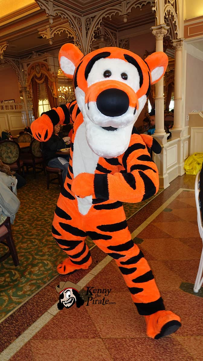 Tigger at Minnie and Friends Breakfast in the Park at the Plaza Inn Disneyland