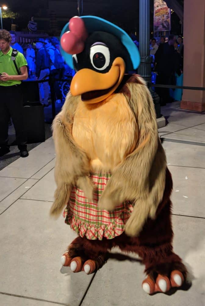 Clara-Cluck-at-Fandaze-in-Disneyland-Paris-2018.jpg