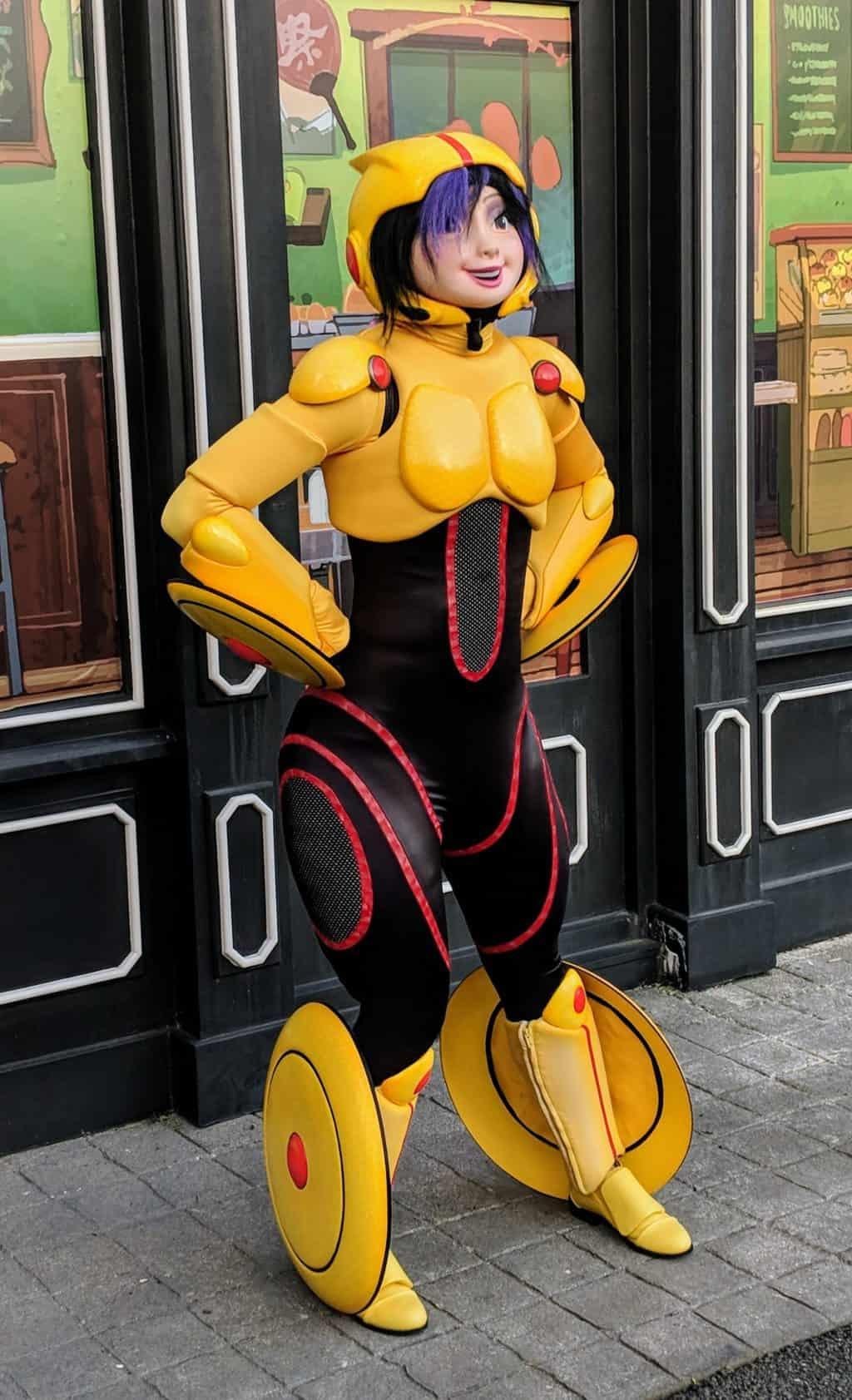 Gogo-Tomago-1-from-Big-Hero-6-at-Fandaze-in-Disneyland-Paris-2018.jpg