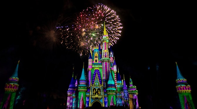 Disney Releases Sneak Peak of Minnie's Wonderful Christmas Time Fireworks!