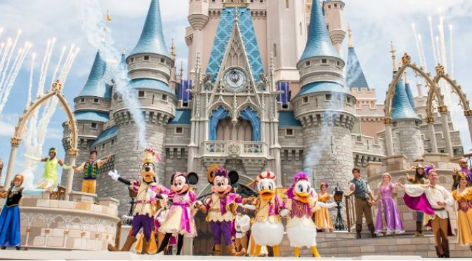 """11 Insider Disney World """"Secrets"""" so you can have the """"Best Day Ever!"""""""