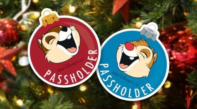 Sneak Peek: New Annual Passholder Christmas Magnet Set!