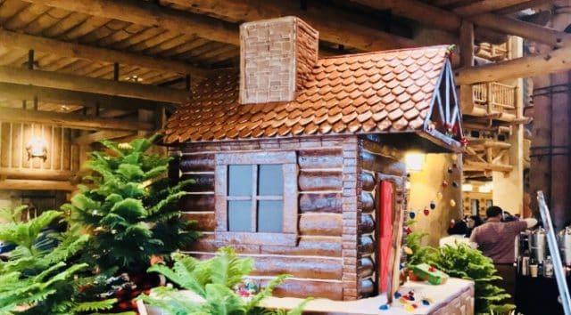 Wilderness Lodge Debuts Gingerbread Cabin!