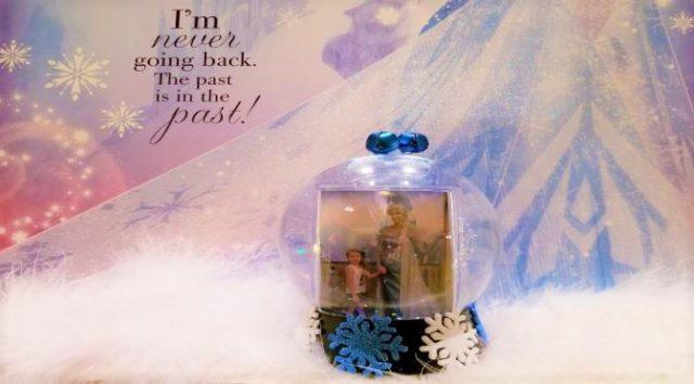 DIYsney: Snowglobes and Ornaments Using your Memory Maker Photos!